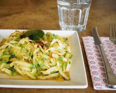 Zucchini als neues Geschmackserlebnis: marokkanischer Zucchinisalat nach Barbara