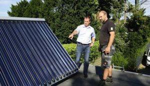 SHK-Handwerker über Heizung erneuerbaren Energien