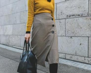 Herbst Outfit mit Bleistiftrock, & Other Stories Overknees und Stella McCartney Sonnenbrille