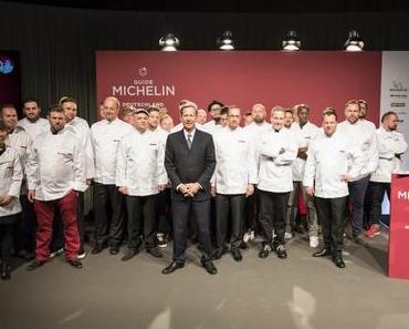 """Der neue Guide MICHELIN Deutschland 2018 - + + + Erstmals 300 Sterne-Restaurants im neuen Guide MICHELIN ++ 3 Michelin Sterne für """"Atelier"""" + + +"""