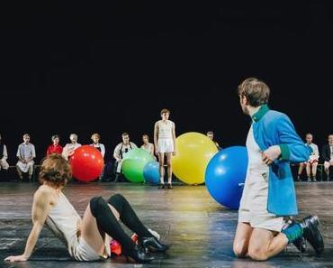 Bunte Luftballons und Weltuntergangsstimmung