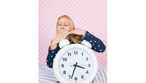 Verursacht Schlafmangel wirklich Falten?