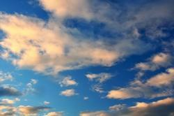Friederike, glimpflich und doch noch ein Wolkenfoto