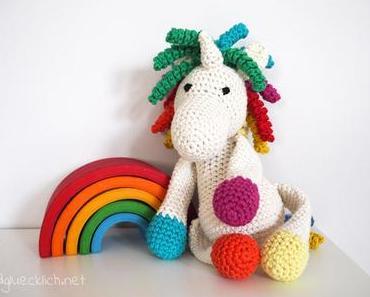 DIY – Regenbogen Einhorn häkeln