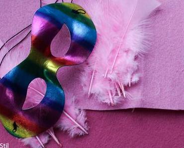 Ich hasse Karnevalsmusik und warum ich dieses Jahr als Flamingo gehe – DIY Karnevalskostüm Flamingo Maske Füße