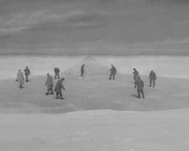 Filme ohne Farbe: DAS DING AUS EINER ANDEREN WELT (1951) von Christian Nyby
