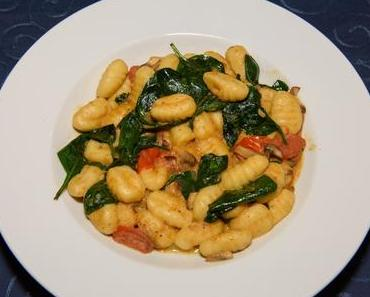 Gnocchi mit Spinat (vegan)