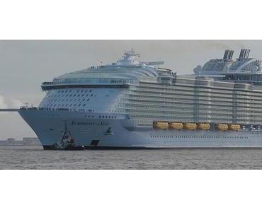 """Symphony of the Seas"" wird mit Demo begrüsst"