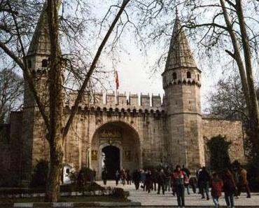 Die magischen Hemden des Topkapi Palastes in Istanbul