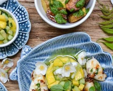 LEICHTIGKEIT DES LEBENS! Gegrillter Seafood-Teller mit Mango-Avocado-Gurken-Salat und Rucola-Pesto-Kartoffeln
