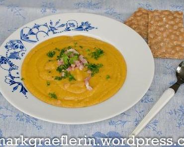 Schwedische Küche: Hausmannskost – Gelbe Erbsensuppe mit Gemüse und Speck