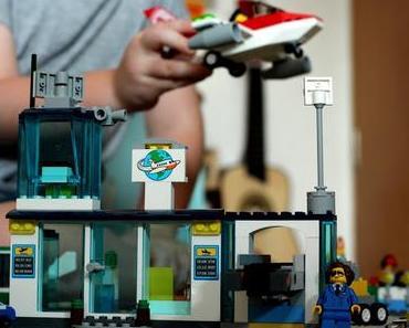 Bauen wie die Großen:  Der LEGO Juniors Flughafen