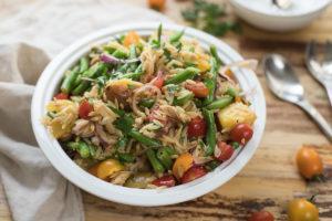 Spanischer Orzo Nudel-Salat