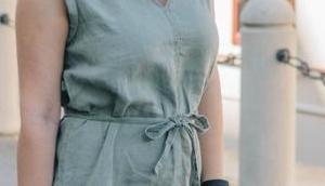 #Sommeroutfit lockerem Leinenkleid, Einkaufsnetz Zalando, Glencheck Clutch Pantoletten