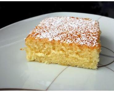 Vanillekuchen vom Blech (sehr saftig und weich)