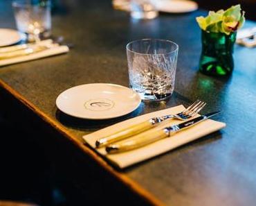 """Vorankündigung: """"WEINMAHLEINS"""" am 26.10.18 in der Brasserie Colette Tim Raue - + + + 4 Gänge-Menü ++ präsentiert von Mastercard Priceless Munich ++ WEINMAHLEINS im Oktober 2018 + + +"""
