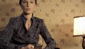 Sahra Wagenknecht stellt sich Hater-Kommentare