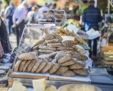 MERAN entdecken   Vorankündigung: Traubenfest in Meran - + + + vom 19. - 21. Oktober 2018 ++ das älteste Erntedankfest Südtirols + + +