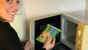 BILLYS Pizza Snack Pizzasnacks verschiedenen Sorten satt Minuten geeignet Mikrowelle verschiedene