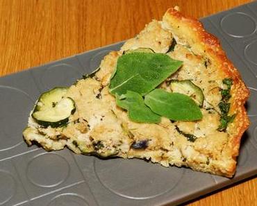Zucchini-Rote Zwiebel-Quiche (vegan)