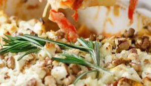 HAPPYMAKER GANZE FAMILIE! Süßkartoffel-Lasagne Schafkäse-Walnuss-Kruste Rosmarin