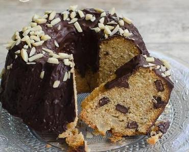 Kleiner Birnen-Schokoladen-Gugelhupf