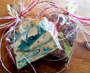 Geschenkidee: Selbstgemachte Schokolade zum Selbernaschen & Verschenken