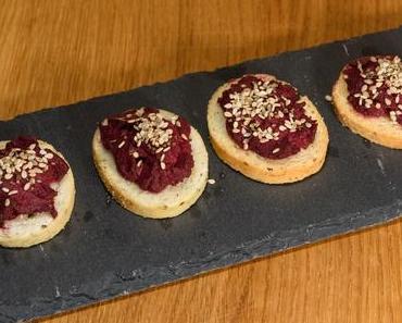 Cräcker mit Rote-Bete-Paste (vegan)