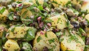 Mediterraner Kartoffelsalat Sumach-Dressing