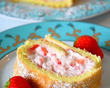Super fruchtige Erdbeer-Biskuitrolle