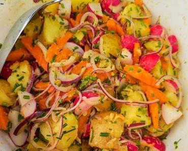 Schweden: Würstchen Grillen am See und ein Rezept für schwedischen Kartoffelsalat