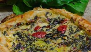 Blätterteigquiche Mangold, Schafsfeta Tomaten