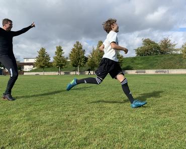 Decathlon Fußballschuhe im Test. Wie gut sind günstige Kipsta Fußball-Sachen?