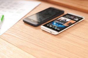 HTC feiert mit Wildfire R70 Kamera-Smartphone ein Comeback