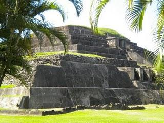 Gleich zwei archäologische Funde in El Salvador!