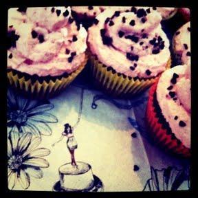 Regen, Muffins und Genähtes