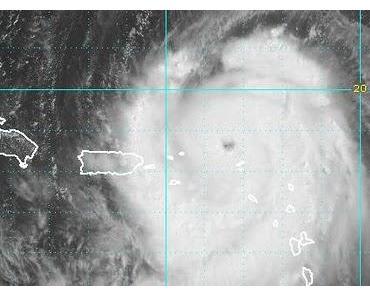 Hurrikan EARL erreicht Kategorie 3 - jetzt auch US-Ostküste ab North Carolina nordwärts in Gefahr