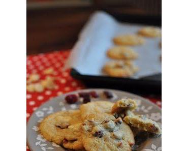 Cookies mit weißer Schokolade und Cranberries
