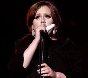 Adele hat immer noch starkes Lampenfieber