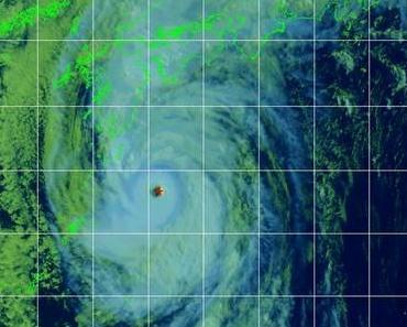 Taifun / Typhoon ROKE aktuell: Weg führt voraussichtlich direkt über Tokio / Japan