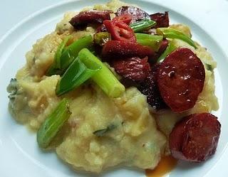 Kartoffel-Steckrübenpüree mit Chorizo / Potato-Turnip-Mash with Chorizo