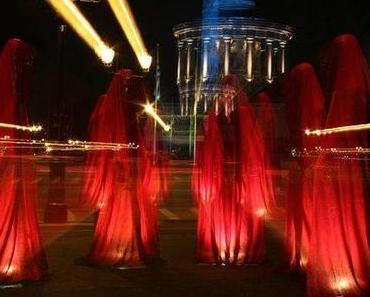 Festival of Lights - Die Wächter der Zeit von Kielnhofer vor der Siegessäule Berlins
