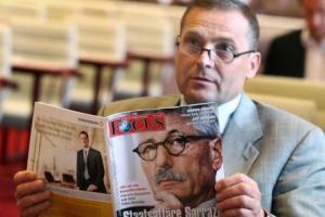 """Udo Pastörs (NPD): """"Dann sehen Sie, dass Sie kein Deutscher sind!"""""""