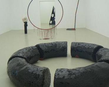 Eva Rothschild: Hot Touch, Ausstellung im Kunstverein Hannover, ab November 2011