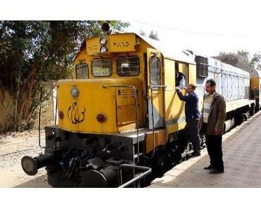 Ägypten: mini Busse und schnelle Züge