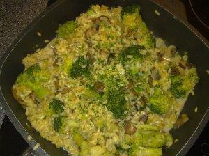 Risotto mit Brokkoli und Champignons