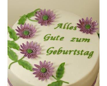 Torte mit lilanen Gerberas