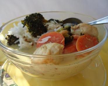 Curry Kokossuppe mit Hühnchen.