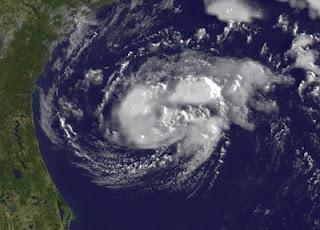 Tropischer Sturm ALBERTO entfernt sich von Ostküste der USA