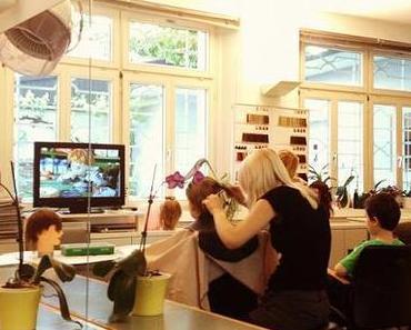 Haare schneiden: Kinder und Coiffeure
